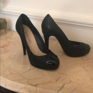 CHANEL 4.5 inch heels - barely worn